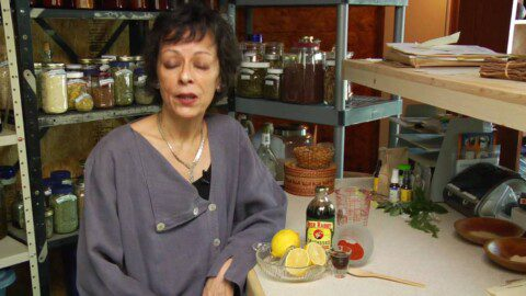Alternative Medicine & Home Remedies : Does the Lemon Cleanse Diet Work?